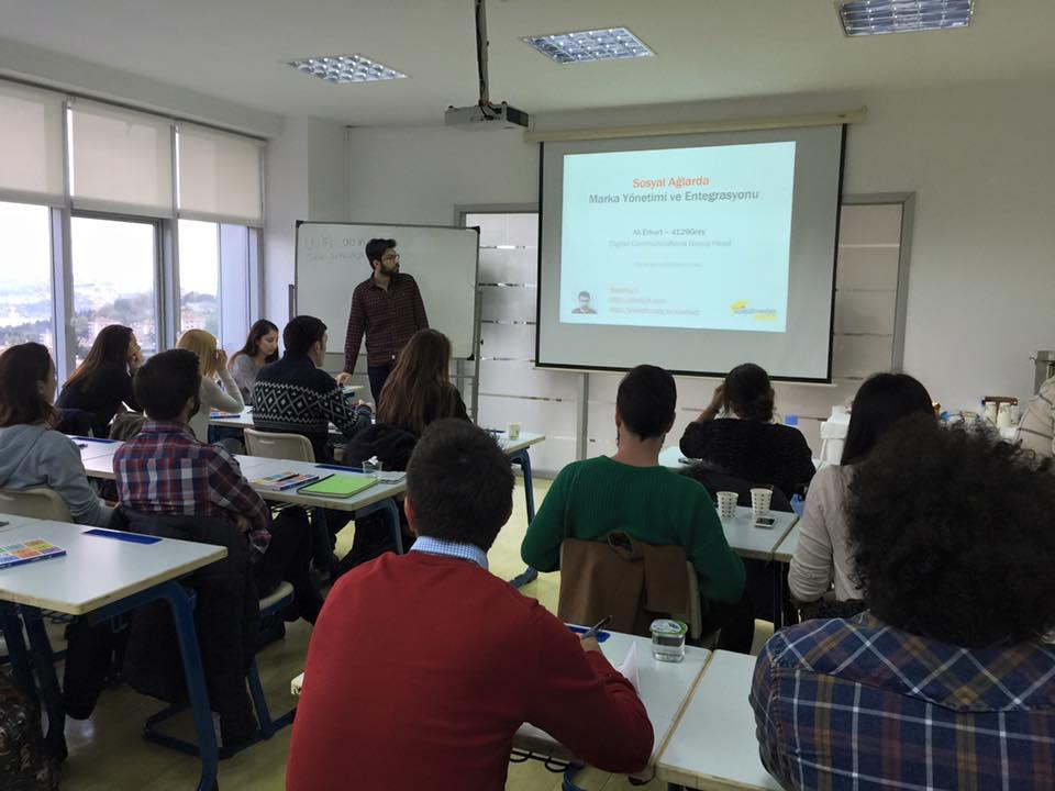 Yeditepe Üniversitesi Sosyal Medya ve Dijital Pazarlama Eğitimi İçin Geri Sayım Başladı