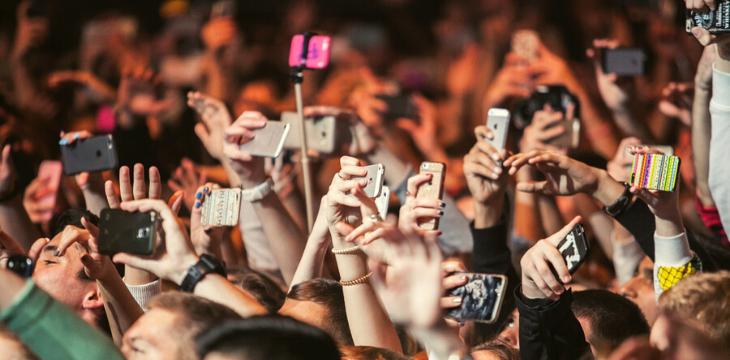 Popüler Kültürün Yeni Yayılım Mecrası:  Sosyal Medya